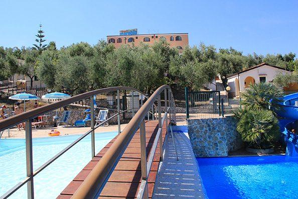 Piscine-Servizi-Villaggio_Mare_Blu_Vieste4